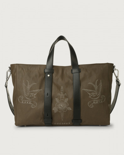 Skin fabric and leather weekender bag