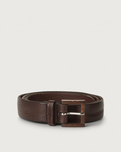 Grit embossed leather belt with wooden buckle