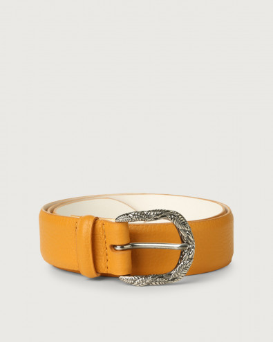 Micron leather belt with engraved buckle