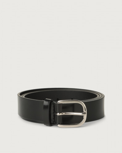 Bright classic patent leather belt