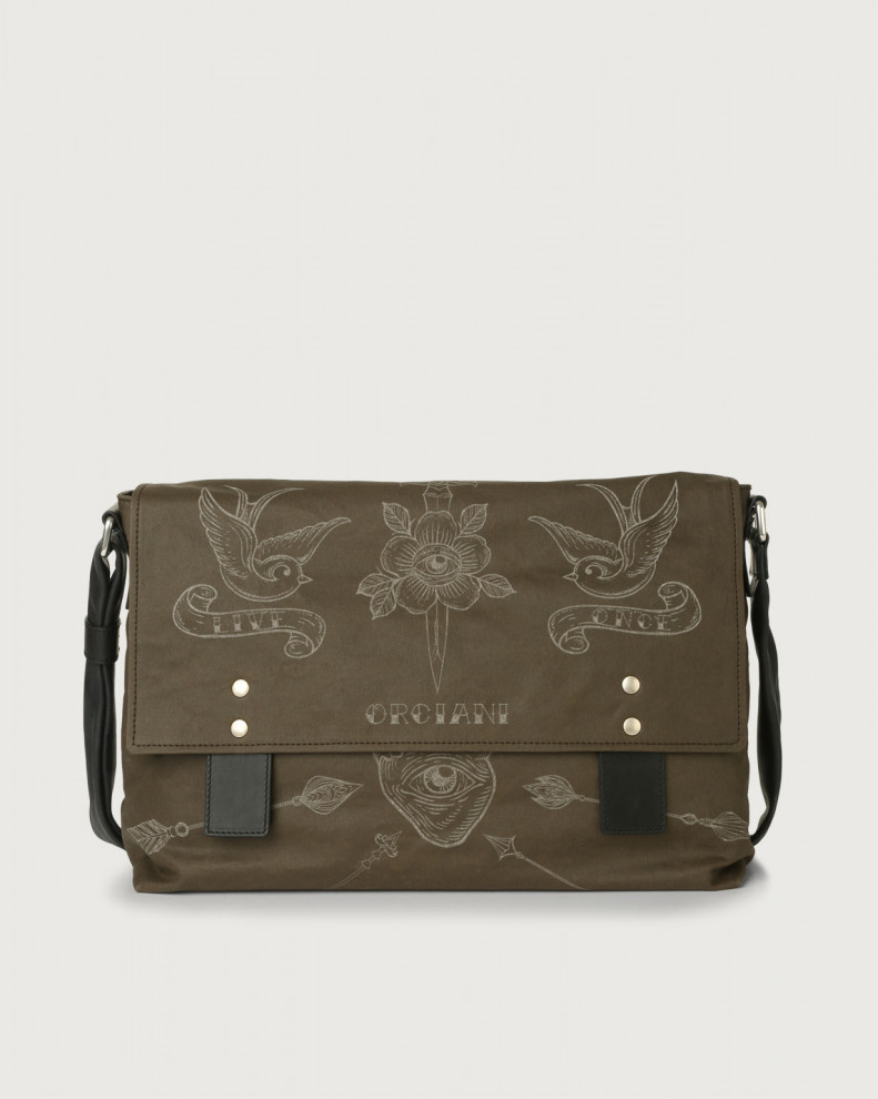 Skin fabric and leather messenger bag